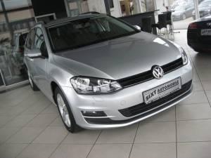 VW: Golf Variant 1,2 TSI DSG COMFORT NAVI