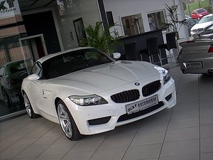 BMW: Z4 s Drive 23i M SPORTPAKET M Paket