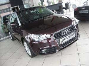 Audi: A1 1,4 TFSI ATTRACTION PDC,MFL,Sitzh.